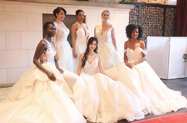 Vừa du học, thiên thần áo trắng Tố Anh vừa làm người mẫu thời trang ở Mỹ - 2