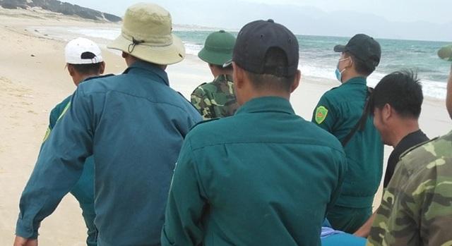 Tìm thấy thi thể nam thanh niên mất tích trên biển Khánh Hòa - 1