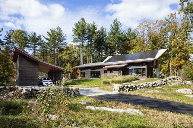 Nhà nhỏ ở nông thôn của cặp vợ chồng già về hưu gây ấn tượng vì quá tiện nghi - 1