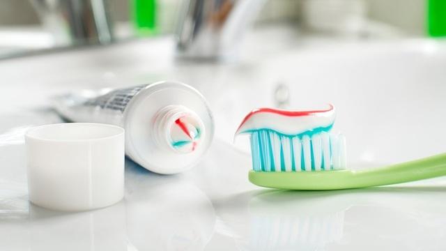 Tại sao nhiều khách sạn cao cấp không có kem và bàn chải đánh răng? - 2