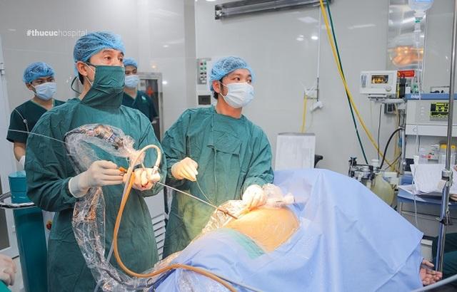 Bác sĩ chuyên khoa giải đáp về công nghệ trị sỏi thận, tiết niệu không phẫu thuật - 5