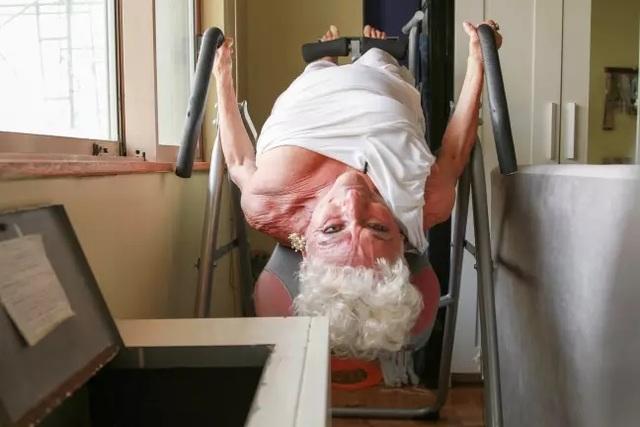 Cụ bà 83 tuổi vẫn tích cực dùng ứng dụng hẹn hò để... tìm bạn trai - 2