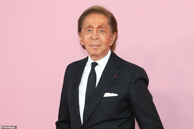 Biệt thự trị giá 290 tỷ đồng của nhà thiết kế thời trang lừng danh Valentino Garavani - 11
