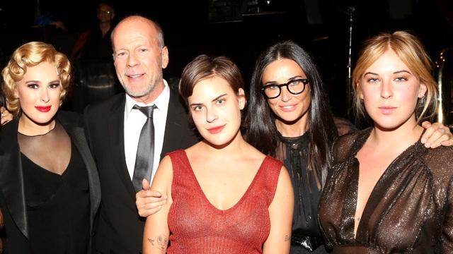 Demi Moore tiết lộ từng bị mất đứa con với Ashton Kutcher - 4