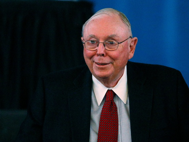 7 tỷ phú làm giàu nhờ Warren Buffett - 2