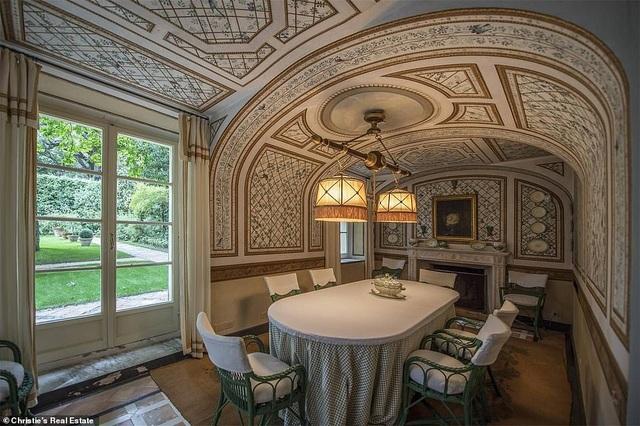 Biệt thự trị giá 290 tỷ đồng của nhà thiết kế thời trang lừng danh Valentino Garavani - 6
