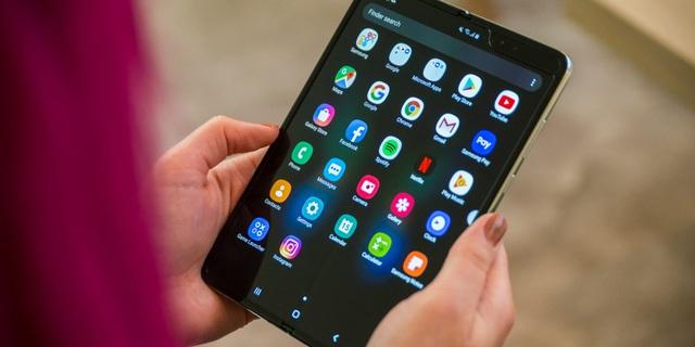 Chi phí thay màn hình cho Galaxy Fold có thể lên tới 14 triệu đồng - 1