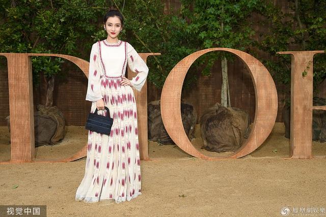 Angelababy đọ sắc cùng dàn chân dài nổi tiếng thế giới - 1