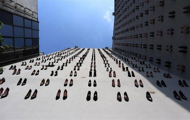 """Bí mật đằng sau vẻ đẹp của """"bức tường giày"""" ở Thổ Nhĩ Kỳ - 5"""