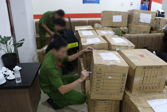 Công an TPHCM kêu gọi nhân viên Công ty Alibaba hợp tác điều  tra - 2