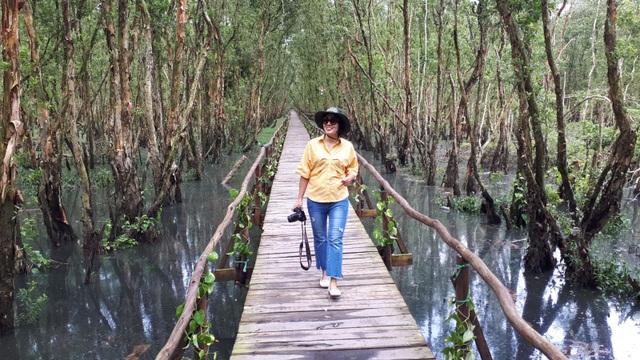 Hoà mình vào thiên nhiên trên cây cầu tình yêu trong rừng tràm Trà Sư - 8