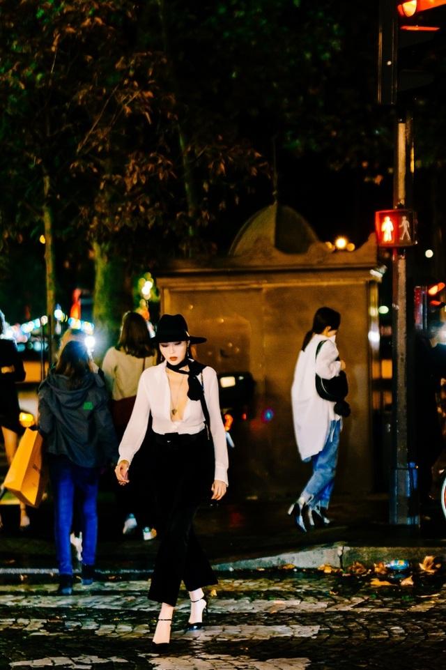 Kỳ Duyên buông lơi vòng một bốc lửa khi dự tuần lễ thời trang Paris - 12