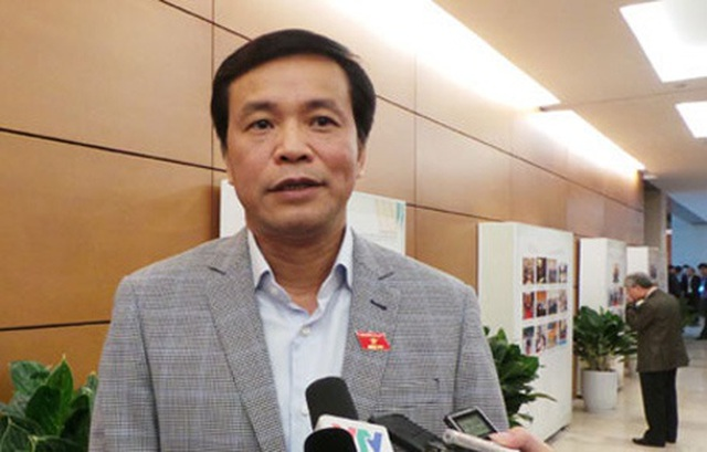 """9 người Việt trốn ở lại Hàn Quốc """"chỉ đi nhờ chuyên cơ chở Chủ tịch Quốc hội"""" - 1"""