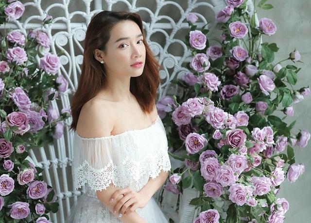 Kỉ niệm một năm ngày cưới, Nhã Phương tung ảnh mặc váy cưới… một mình - 9