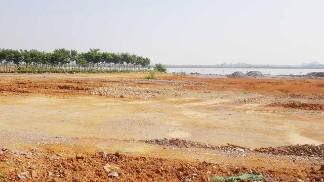 """Doanh nghiệp """"hô biến"""" 6,8ha đất hồ thủy lợi thành đất xây sân golf - 3"""