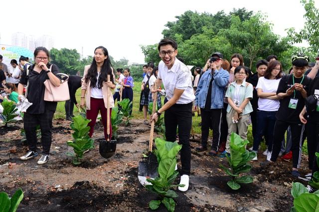 Trái tim xanh giữa lòng Hà Nội: Hành trình trồng cây chung tay bảo vệ môi trường - 3