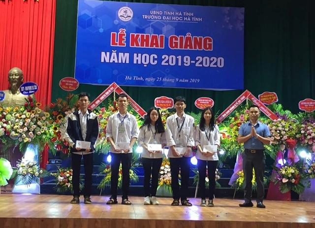 Trường Đại học Hà Tĩnh: Thu hút sinh viên bằng chất lượng đào tạo - 2