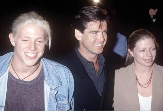 Cuộc sống của người con trai nghiện ngập bị tài tử Pierce Brosnan từ mặt - 3