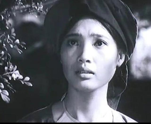 """""""Chị Dậu"""" Lê Vân bị ngã, vỡ xương đầu gối - 4"""