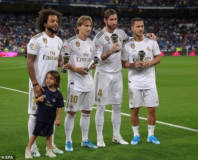 Đánh bại Osasuna, Real Madrid vươn lên dẫn đầu bảng La Liga - 2