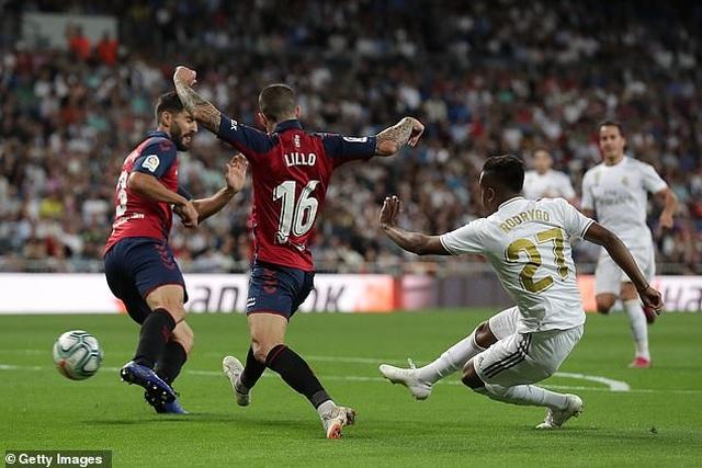 Đánh bại Osasuna, Real Madrid vươn lên dẫn đầu bảng La Liga - 6