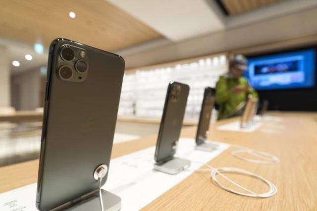 """Dân buôn iPhone 11 phá giá lẫn nhau, đẩy giá xuống """"cận sàn"""" - 1"""