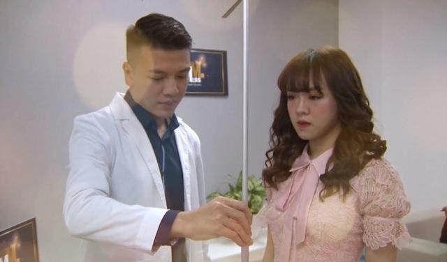 Bác sĩ thẩm mỹ hotboy lịch lãm đi chấm thi MrMiss- Gương mặt sinh viên 2019 - 1