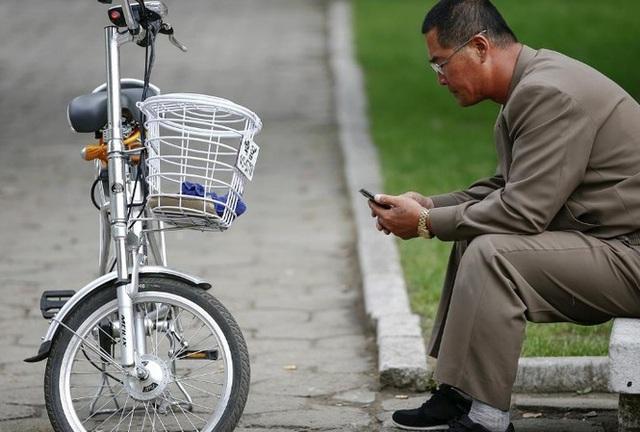 Điện thoại thông minh nhan nhản ở Triều Tiên - 1