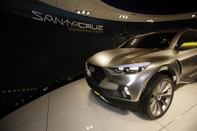 Hyundai chốt thời gian, địa điểm sản xuất xe bán tải Santa Cruz  - 1