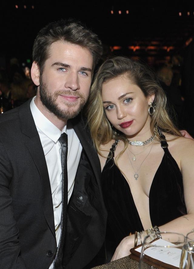 Miley Cyrus xuống cân, hốc hác sau khi chia tay chồng - 4