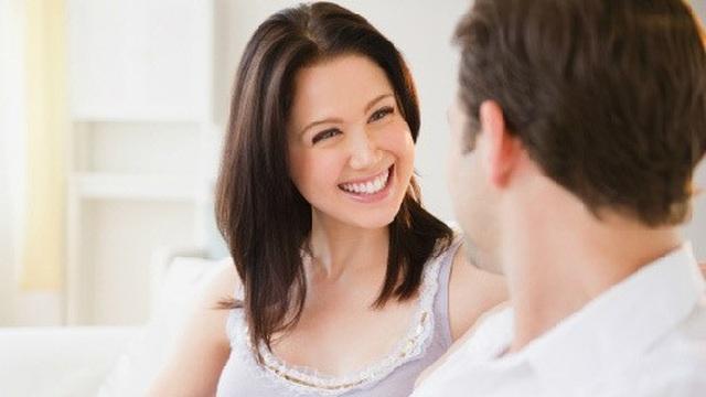 Muốn được chồng ủng hộ, chị em nên khen chồng hết lời - 1