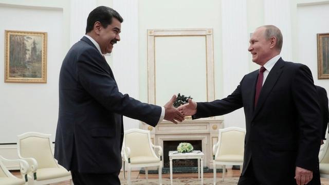 Món quà quý Tổng thống Venezuela tặng ông Putin - 1