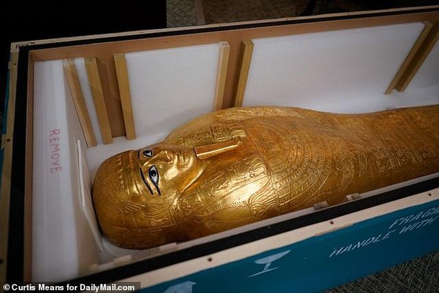Quách vàng trị giá 4 triệu USD được trả lại cho Ai Cập sau khi bị đánh cắp - 4