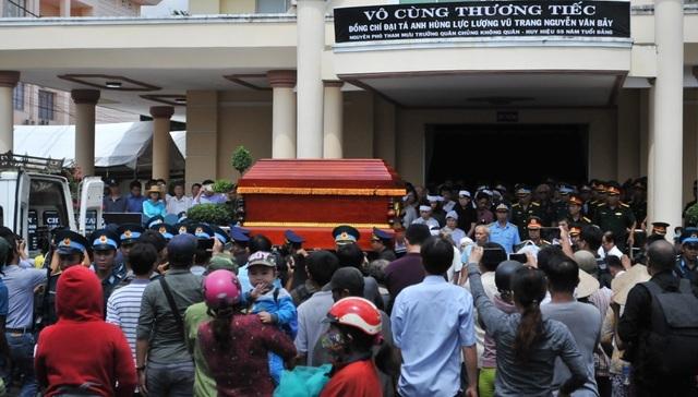 An táng Anh hùng phi công huyền thoại bắn rơi 7 máy bay Mỹ tại quê nhà Lai Vung - 7