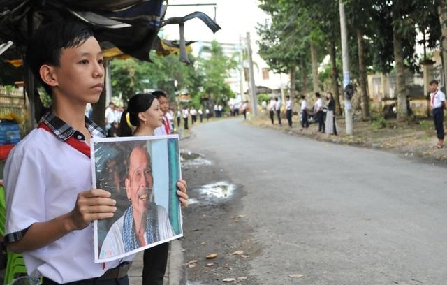 An táng Anh hùng phi công huyền thoại bắn rơi 7 máy bay Mỹ tại quê nhà Lai Vung - 8