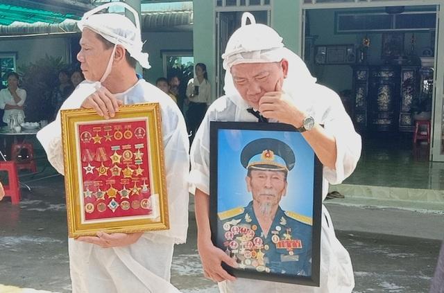 An táng Anh hùng phi công huyền thoại bắn rơi 7 máy bay Mỹ tại quê nhà Lai Vung - 10