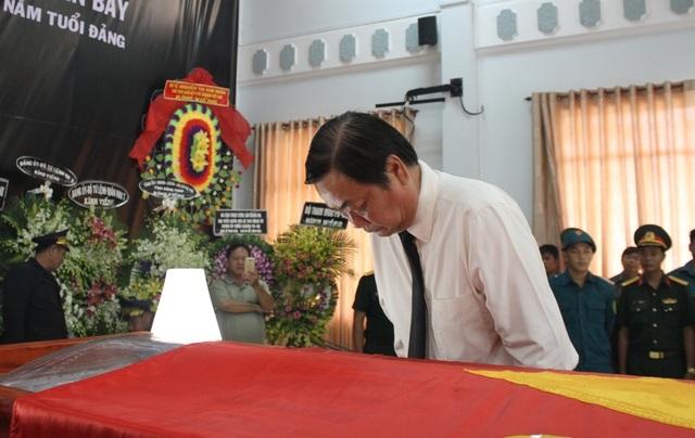 An táng Anh hùng phi công huyền thoại bắn rơi 7 máy bay Mỹ tại quê nhà Lai Vung - 3