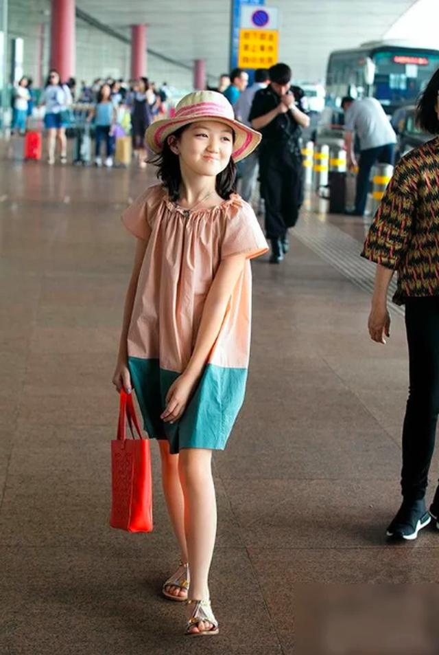 Tình cảm của người cha vĩ đại Lý Á Bằng dành cho cô con gái bị dị tật môi bẩm sinh - 5