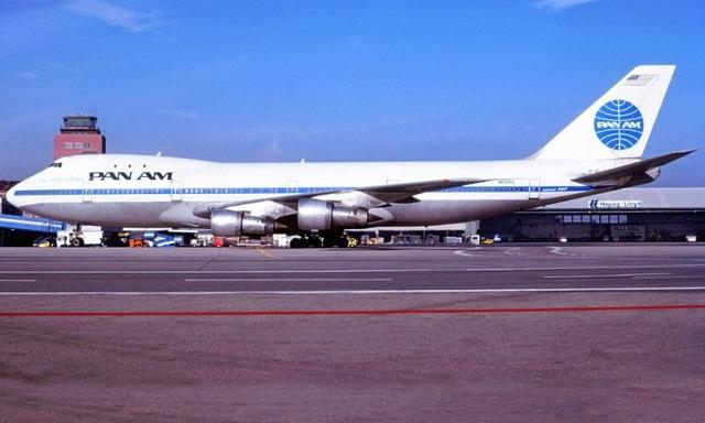 Nữ tiếp viên hi sinh tính mạng để cứu sống 359 hành khách - 1