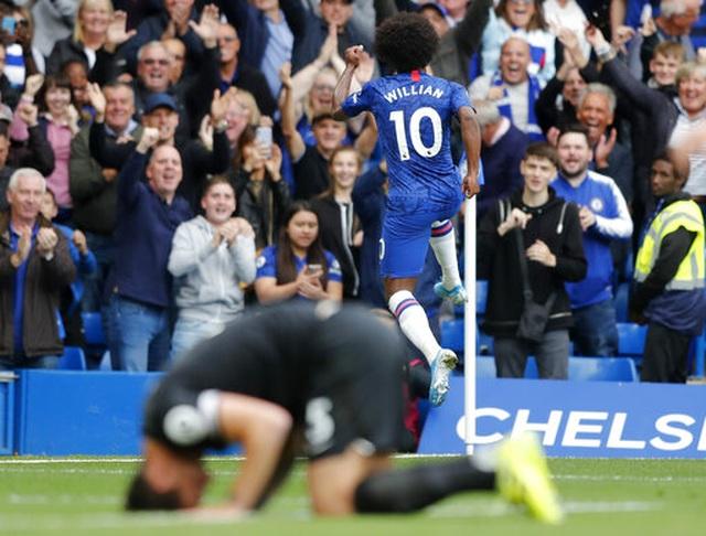 Chelsea 2-0 Brighton: Những sai lầm của đội khách - 15