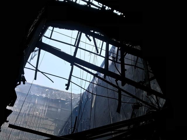 Hình ảnh tan hoang đổ nát trong Cung hữu nghị Việt Xô sau vụ cháy lớn - 10