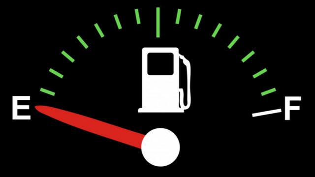 Để bình xăng ô tô quá cạn: Hỏng động cơ, có thể dẫn tới tai nạn - 1