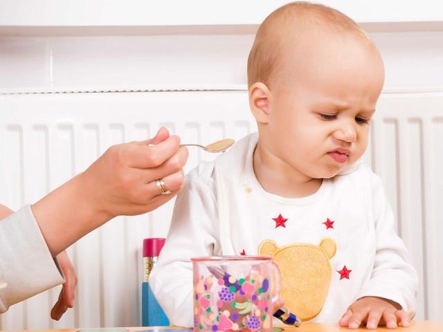 Chuyên gia Ý hướng dẫn mẹ Việt cách giúp trẻ ăn ngon hoàn toàn tự nhiên - 1
