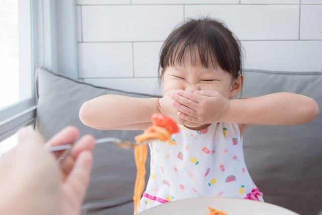 Chuyên gia Ý hướng dẫn mẹ Việt cách giúp trẻ ăn ngon hoàn toàn tự nhiên - 2
