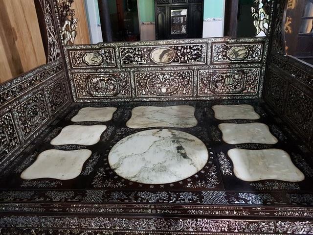 Độc đáo chiếc giường cổ có giá bạc tỷ ở Đồng Tháp - 2