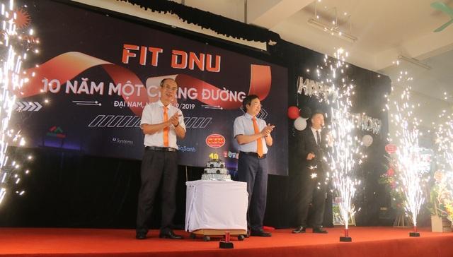 Khoa CNTT Trường ĐH Đại Nam tưng bừng kỷ niệm 10 năm thành lập - 6