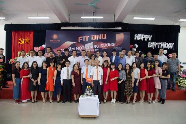 Khoa CNTT Trường ĐH Đại Nam tưng bừng kỷ niệm 10 năm thành lập - 7