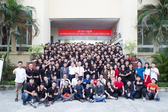 Khoa CNTT Trường ĐH Đại Nam tưng bừng kỷ niệm 10 năm thành lập - 8
