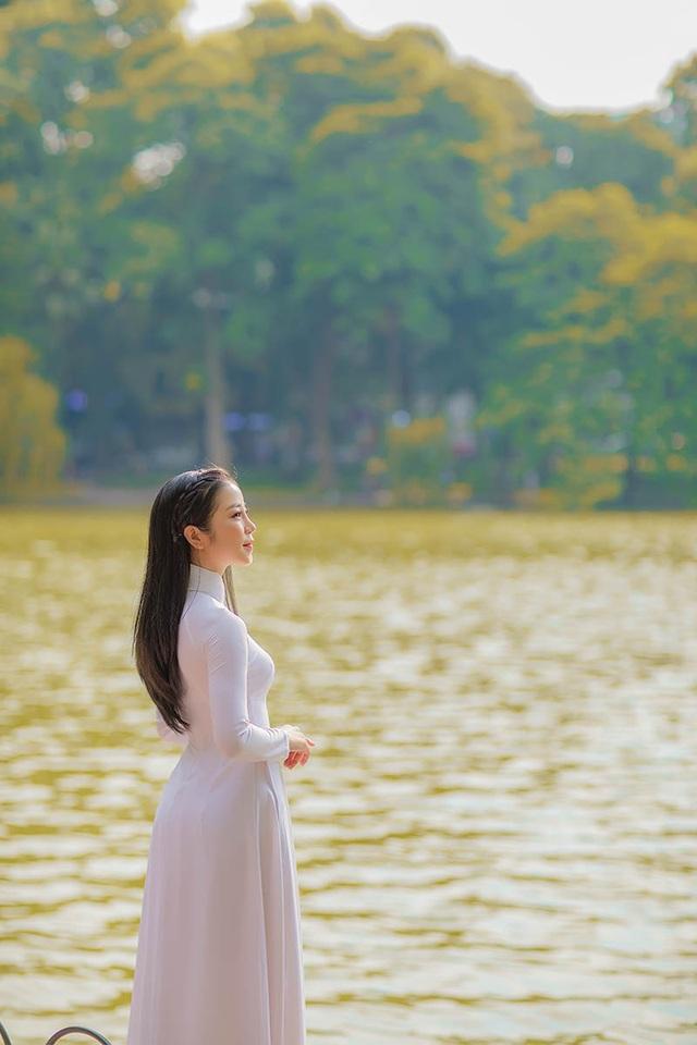 Mùa thu Hà Nội đượm tình trong mắt thiếu nữ Quảng Bình - 4