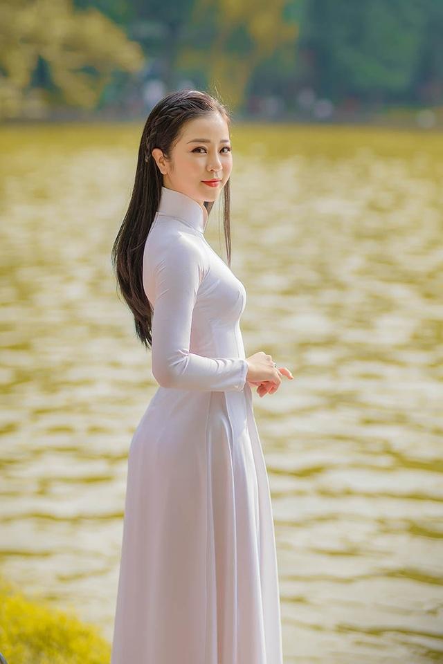 Mùa thu Hà Nội đượm tình trong mắt thiếu nữ Quảng Bình - 5